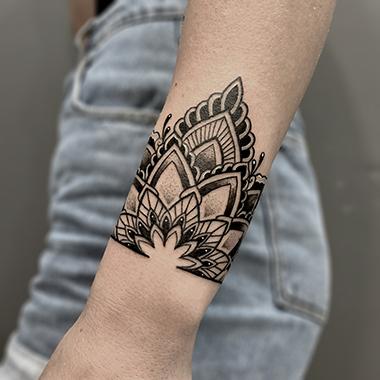 mandala partern tattoo